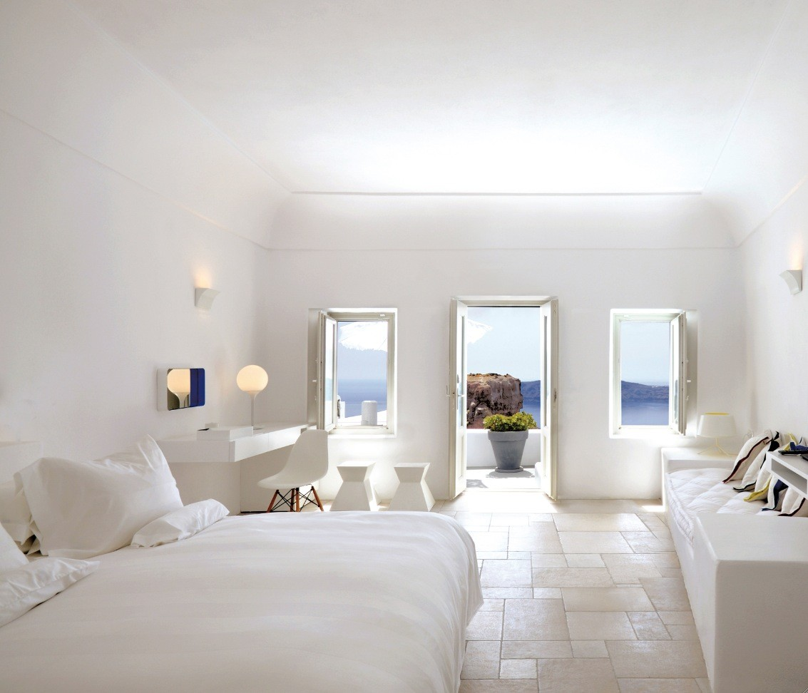 santorini-large-white-bedroom-with-balcony-and-view